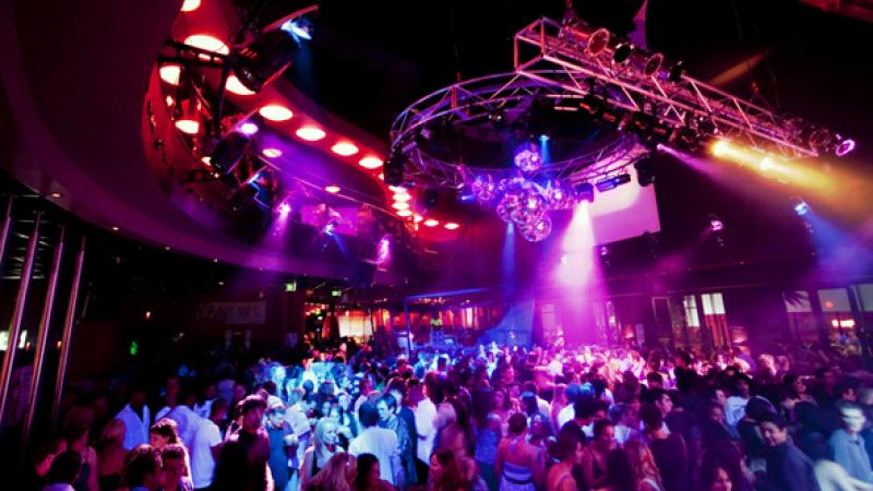 Visit the hottest night clubs in Hamburg